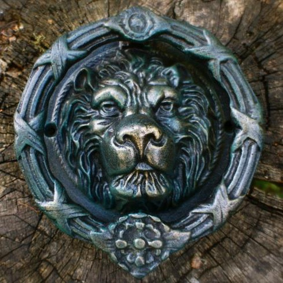 Türklopfer, prunkvoller Löwenkopf, für historische Haustür, wie antik - Ovieto