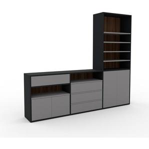 TV-Schrank Schwarz - Fernsehschrank: Schubladen in Grau & Türen in Grau - 226 x 195 x 35 cm, konfigurierbar