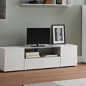 TV-Wohnwand mit betonfarbenem Akzent - weiß - Holz -