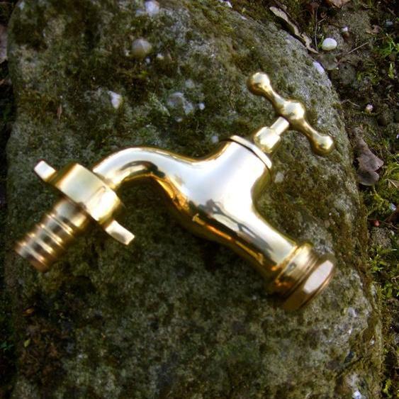Wasserhahn wie antik, Messing, Wasserspeier, Wasserhahn für Gartenbrunnen
