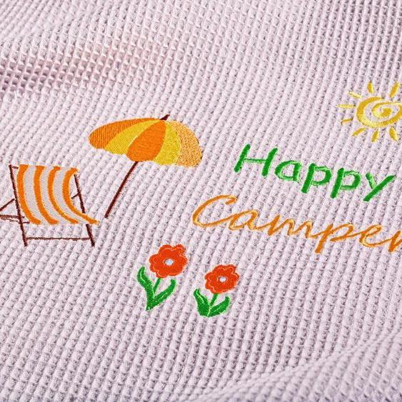 Wohndecke »Happy Camper«, Kneer, aus Waffelpiqué mit Stickerei, auch als Tagesdecke einsetzbar