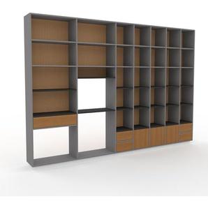 Wohnwand Grau - Individuelle Designer-Regalwand: Schubladen in Eiche & Türen in Eiche - Hochwertige Materialien - 344 x 239 x 35 cm, Konfigurator