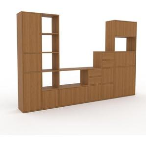 Wohnwand Eiche - Individuelle Designer-Regalwand: Schubladen in Eiche & Türen in Eiche - Hochwertige Materialien - 306 x 195 x 35 cm, Konfigurator