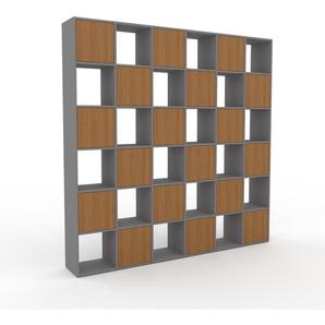 Wohnwand Grau - Individuelle Designer-Regalwand: Türen in Eiche - Hochwertige Materialien - 233 x 233 x 35 cm, Konfigurator