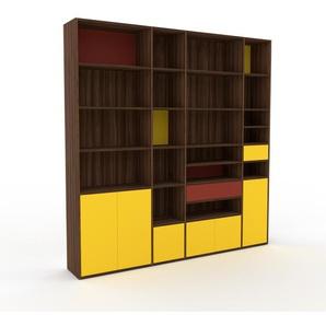 Wohnwand Nussbaum - Individuelle Designer-Regalwand: Schubladen in Rot & Türen in Gelb - Hochwertige Materialien - 229 x 233 x 35 cm, Konfigurator
