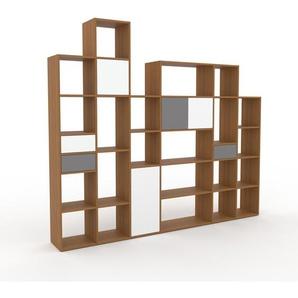 Wohnwand Eiche - Individuelle Designer-Regalwand: Schubladen in Grau & Türen in Weiß - Hochwertige Materialien - 270 x 233 x 35 cm, Konfigurator