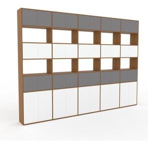 Wohnwand Eiche - Individuelle Designer-Regalwand: Türen in Grau - Hochwertige Materialien - 375 x 272 x 35 cm, Konfigurator
