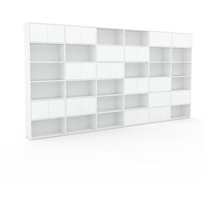 Wohnwand Weiß - Individuelle Designer-Regalwand: Türen in Weiß - Hochwertige Materialien - 450 x 233 x 35 cm, Konfigurator